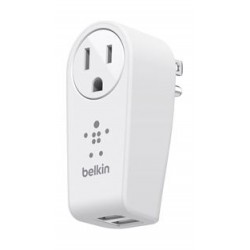 Belkin 3 Pin Rotating 2.4 A Dual USB Wall Charger (F8M102AF) - White