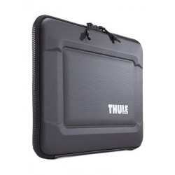 Thule Gauntlet 3.0 15-inch MacBook Pro with Retina Display Sleeve (TGSE2254) – Black