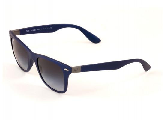 9dfe19895c985 Ray-Ban 4195 Wayfarer Sunglasses For Men   Women - Blue Frames   Grey Lenses