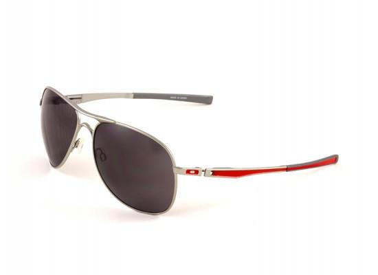 f3715962b35 Oakley 4057 Aviator Sunglasses For Men - Silver Frames   Black Lenses