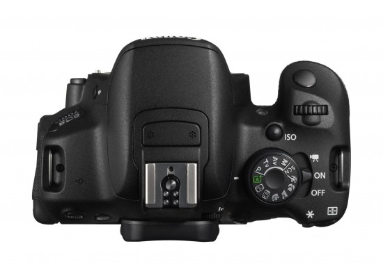 Canon EOS-700D 18MP DSLR Camera With 18-55mm IS STM Zoom Lens