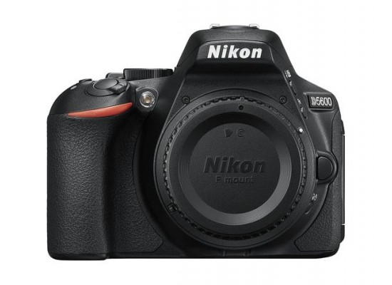 Nikon D5600 24.2MP DSLR Camera Wifi with 18-140mm Lens
