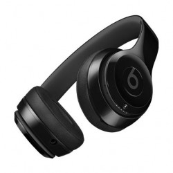 سماعة الرأس اللاسلكية بيتس سولو ٣ – أسود لامع (MNEN2LL/A)