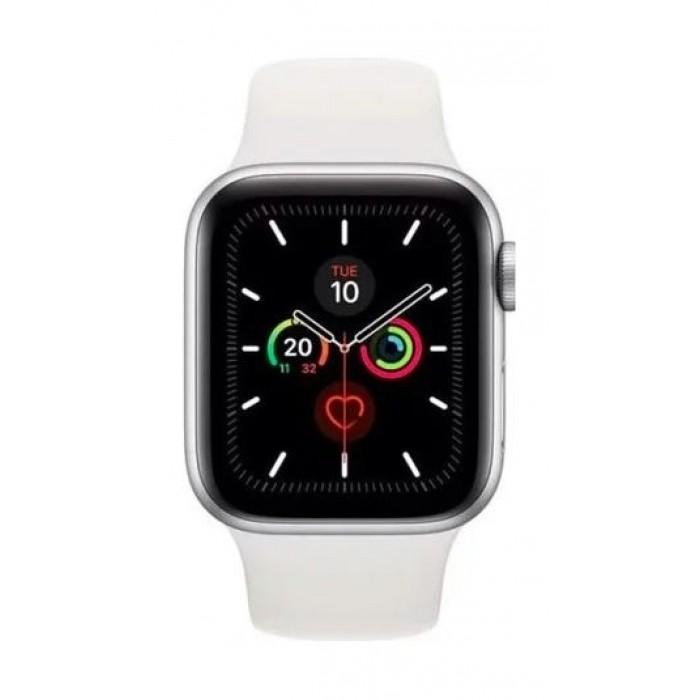 ساعة أبل الجيل الخامس، مقاس ٤٤ ملم، جي بي إس، هيكل فضي من الألمنيوم، حزام رياضي أبيض