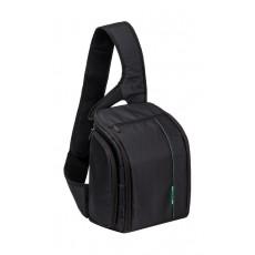 حقيبة الكتف للكاميرا الرقمية ٧٤٧٠ من ريفا – أسود