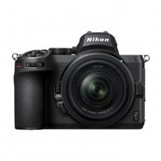كاميرا نيكون زي5 بدون مرآه + عدسة 24-50