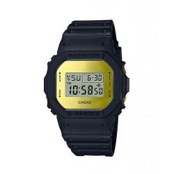 ساعة كاسيو جي - شوك الرقمية بحزام مطاطي للرجال (DW-5600BBMB-1DR)