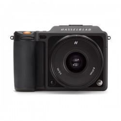 كاميرا هاسيلبليد اكس ١ دي بدقة ٥٠ ميجابكسل قابلة لتعديل العدسة مع عدسة ٤٥ملم (4116) - أسود