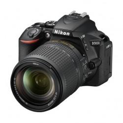 كاميرا نيكون دي ٥٦٠٠ دي إس إل آر - ٢٤,٢ ميجابكسل - واي فاي مع عدسة تقريب ١٨-١٤٠ ملم
