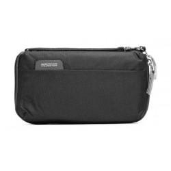 حقيبة لحمل جواز السفر من أمريكان توريستر (Z19X37022) - أسود