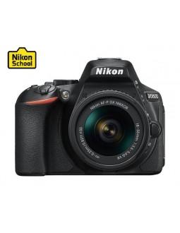 كاميرا نيكون الرقمية دي٥٦٠٠ - ٢٤,٢ ميجابكسل - واي فاي مع عدسة دي إكس ١٨-٥٥ ملم بفتحة إف / ٣,٥ - ٥,٦ جي في آر - أسود