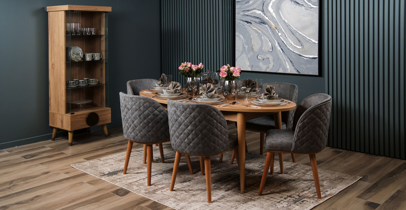 Antigo Dining Set  data-src=