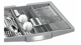 Space for cutlery and small kitchen utensils in the VarioDrawer.