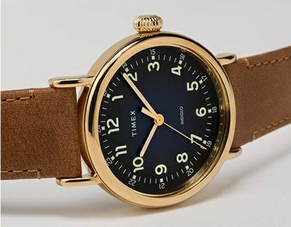 A REFINED EVERYDAY WATCH