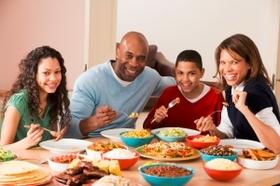 مزود بـ ٥ عيون لطهي أنواع مختلفة من الطعام للعائلة كلها