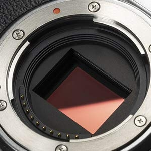 X-Trans CMOS 4: The First X Series model featuring a new back-illuminated sensor