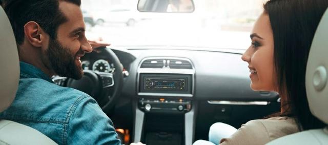جهاز سي دي ريسيفر مع اتصال بلوتوث مزدوج وإضاءة ملونة من منطقتين