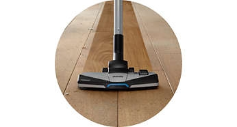 Soleplate designed for high dust pick-up
