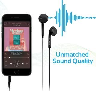 تنتج صوت عالي الأداء في كل أذن