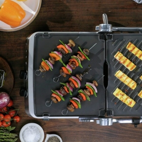 REVERSIBLE CERAMIC GRILL AND GRIDDLE PLATES