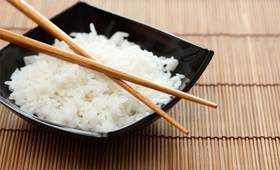 Cook Delicious Non-Sticky Rice and Keep Warm Function