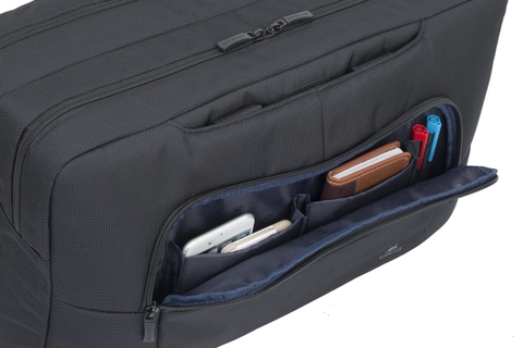 Additional Compartments & Features