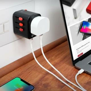 4 USB ports