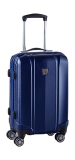 You Should Prefer Hard Luggage While Travelling