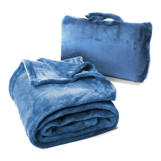 Oversize Blanket Provides Complete Coverage For Wrapping Up