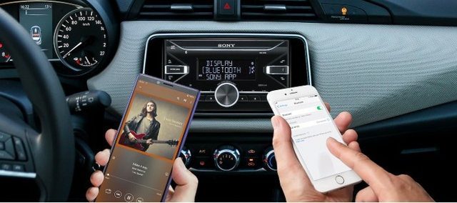 Connect two smartphones, with Dual Bluetooth