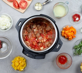 Stainless Steel Cooking Pot, Steam Rack & Lid