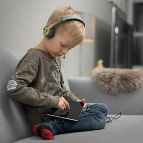 BuddyPhones Kidproof & Kidsafe