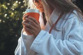 كوب واح من القهوة الحارة