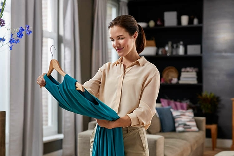 Intelligent Automatic Steam For Faster, Easier Ironing