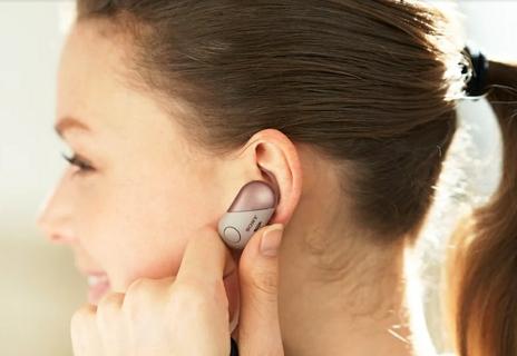 تصبح سماعات الرأس أكثر ذكاءً مع مساعد جوجل