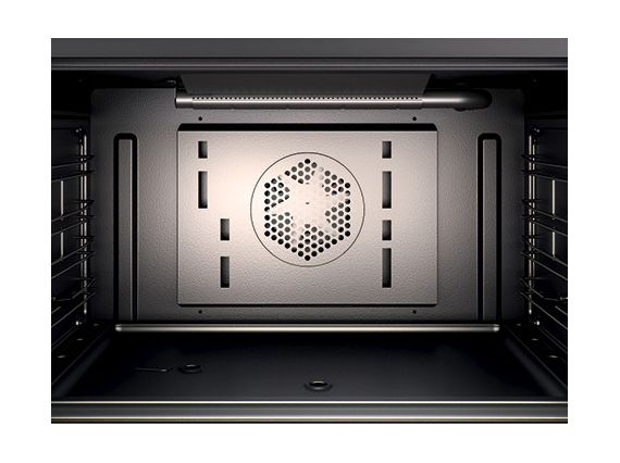 Beauty Meets Function in a Modern Oven